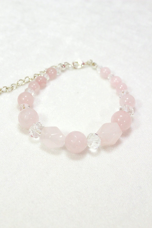 Авторский браслет из розового кварца