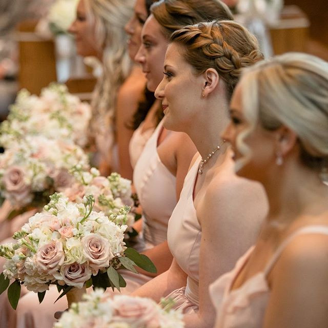 When your bridesmaids braid just pops 😍