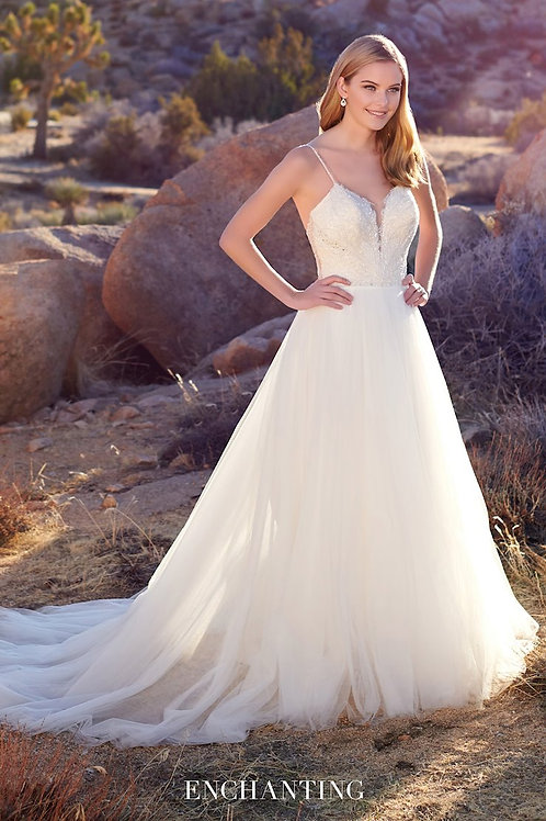 220114 Enchanting A-line Wedding Dress- In Stock