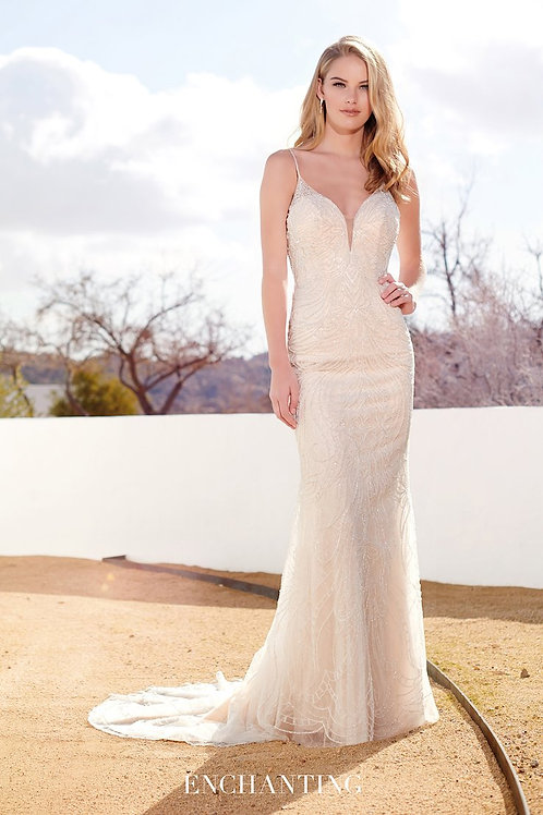 220118 Enchanting Fit & Flare Wedding Dress- In Stock