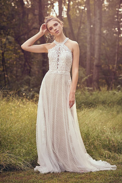 66081 Lillian West Sheath Wedding Dress- In Stock