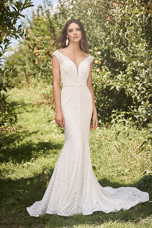 66138 Lillian West Mermaid Wedding Dress- To Order