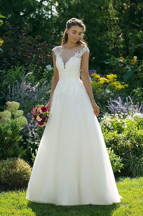 11036 Justin Alexander A-line Wedding Dress- IN STOCK