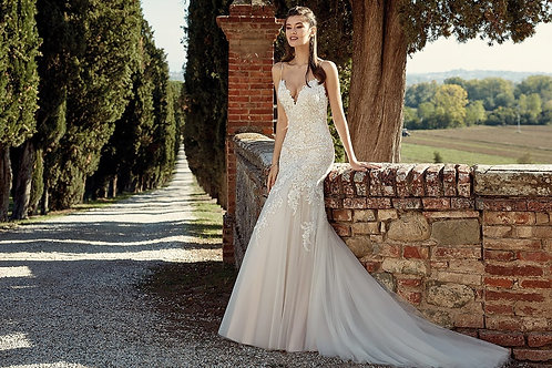 EK1205 EddyK Trumpet Wedding Dress- In Stock