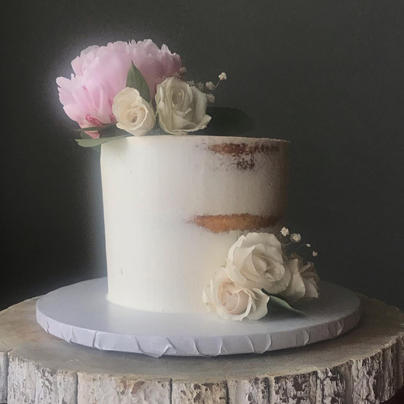 Semi-naked wedding Cake