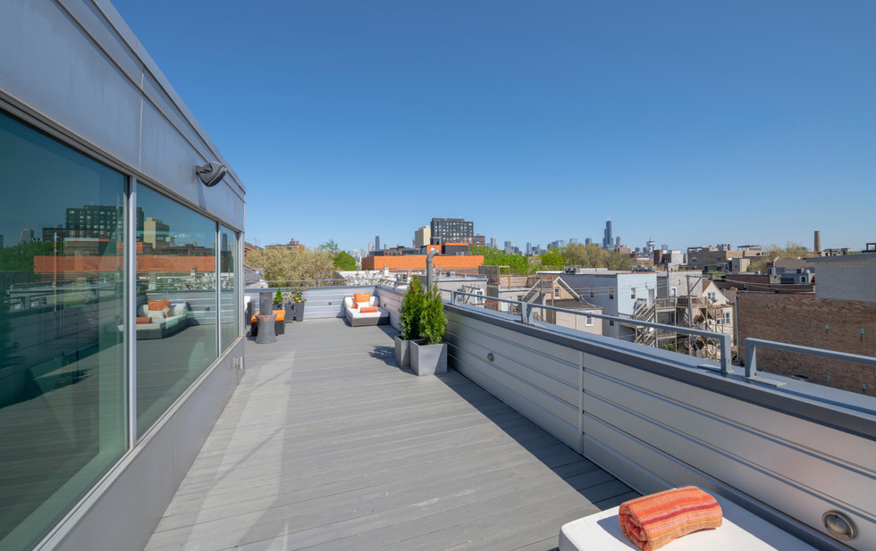 Penthouse Deck 2
