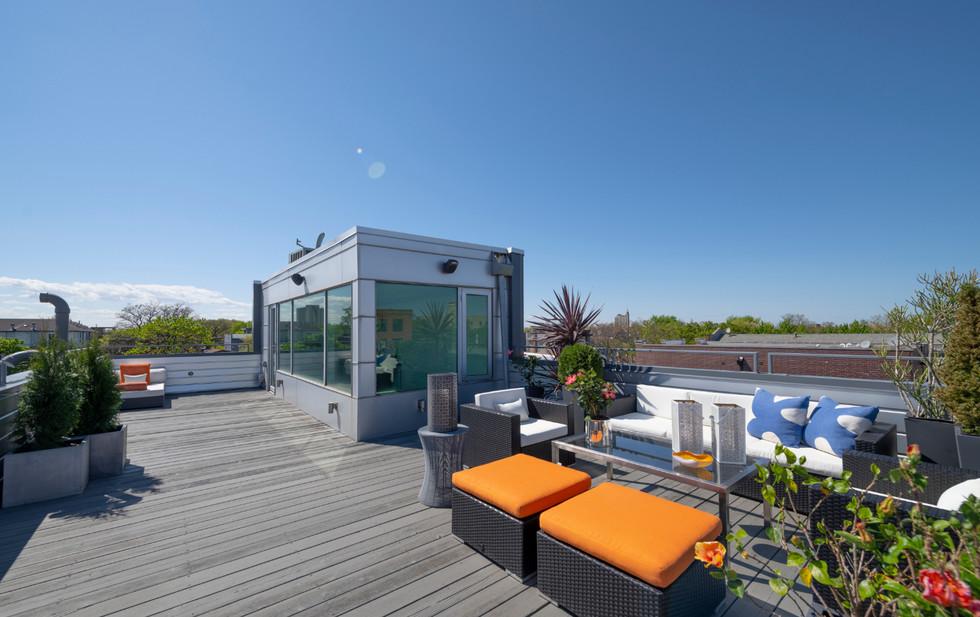 Penthouse Deck 3
