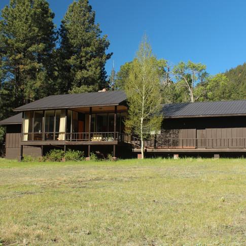 Main Cabin (1).JPG