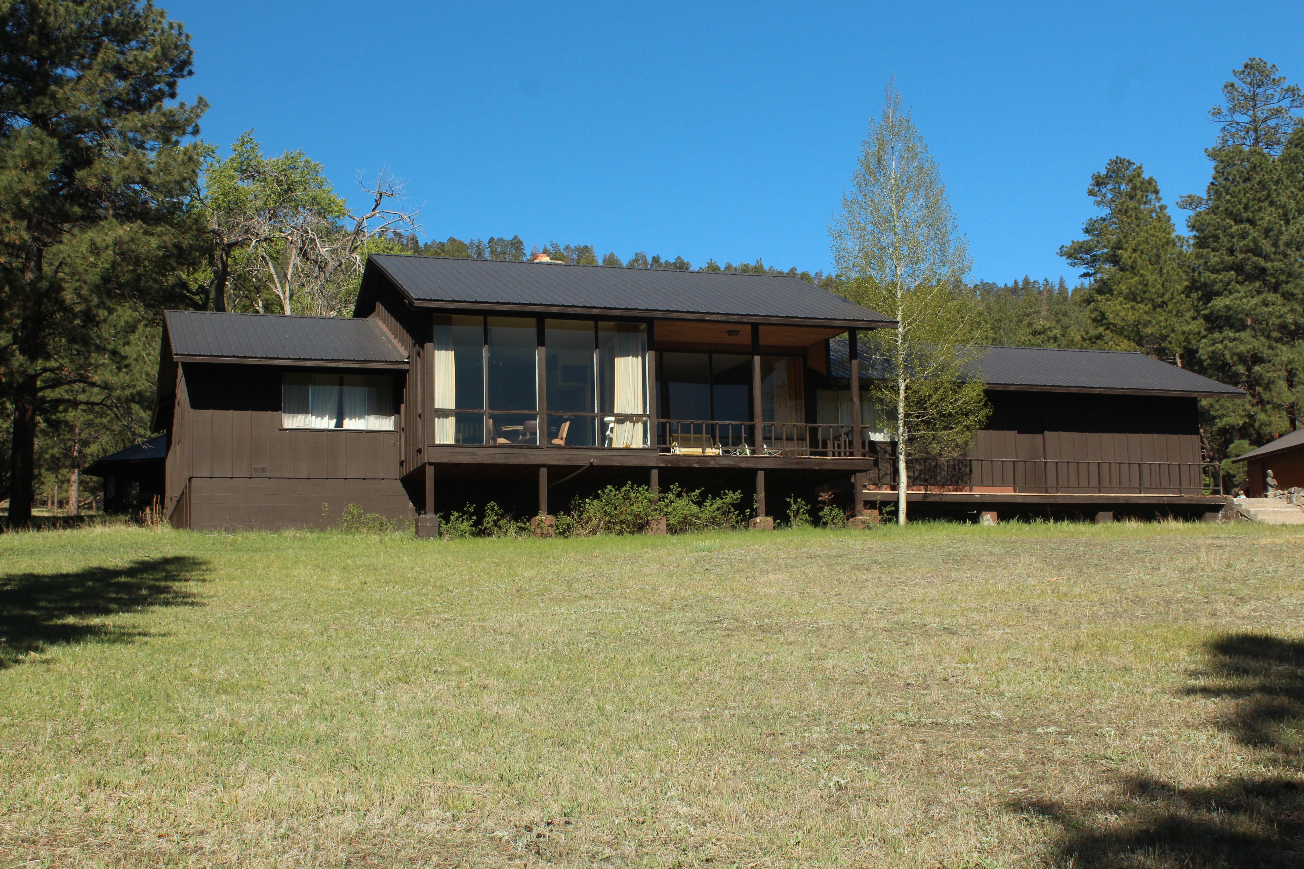 Main Cabin (2)