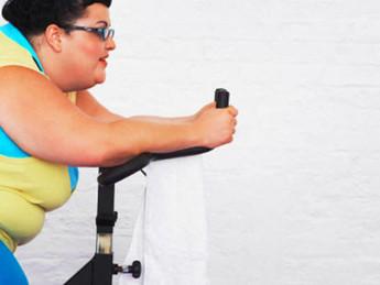 Três meses de exercícios aeróbios regulares, em pacientes com obesidade promoveu melhorias na saúde