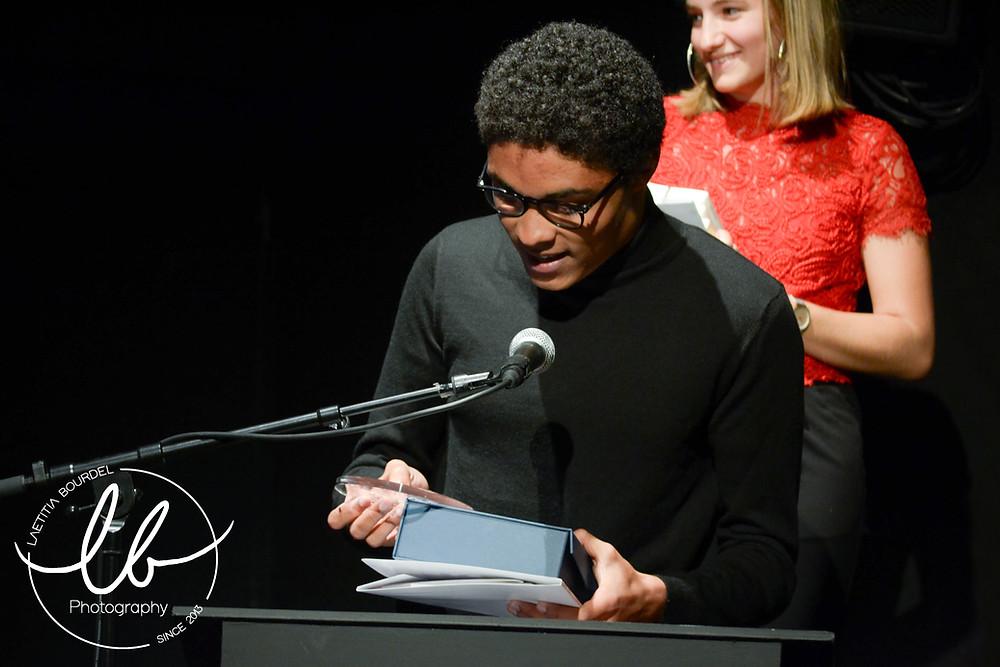 William N'Gbala lors de l'annonce du gagnant à la remise de prix - 29 mai 2019