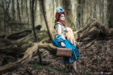 Photo by: Gudrun Rettenegger  Model S-T-A-R-gazer  Whimsical creature took her pet octopus for a walk in a forest, what's not to like? This is Sabrina's take on the Diva Medusa outfit, which she chose to wear with an embroidered bolero and a rococo hairstyle.