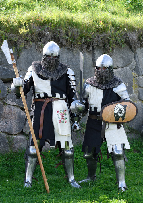 Medieval tabards for buhurt fighters