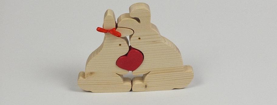 zwei Hasen mit Herz, Fichte