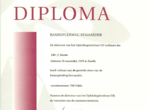 Diploma Basisopleiding Bewaarder.jpg