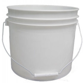 3 1/2 Gallon (13.25 l) White Plastic Pail