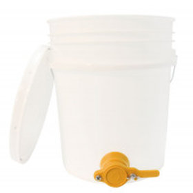 5 Gallon (18.92 l) Pail - With Honey Gate