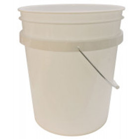 5 Gallon (18.95 l) White Plastic Pail