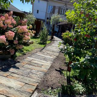 Unser neuer Gartenweg