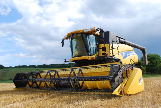 Большой трактор