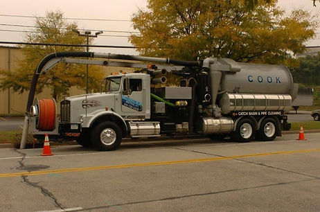 Commercial Septic Tank Pumping.jpg