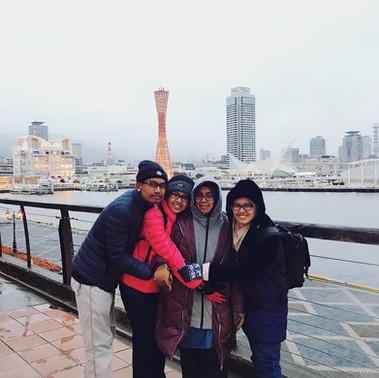 Bergambar di Osaka