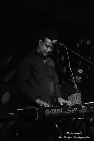 Pianist and Vocalist Brian Woods
