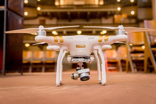 drone-3183244_1920.jpg