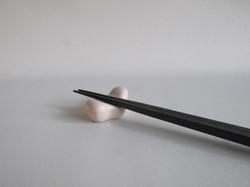 Stable Chopstick Rest