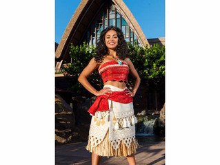Meet Moana in Disney Parks