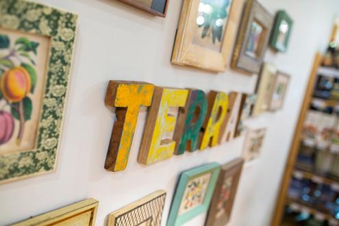 Interior de la tienda Terrae.
