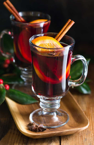 Mulled Wine (vino caliente).