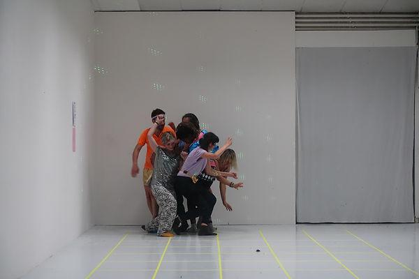 louise porte, leslie pranal, artiste, art contemporain, performance, danse