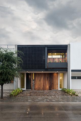 CASA SOLARES / Almacén Arquitectura / Zapopan, Jalisco