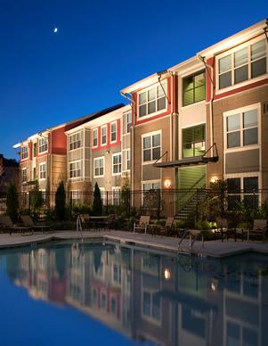 03 Columbia Grove - pool