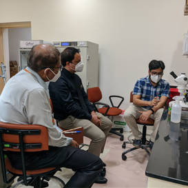 Lab visit from Associate Deans