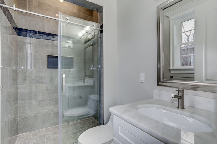 bathfirstfloor.jpg