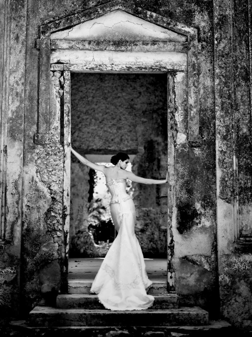 MAYA HANSEN BRIDES 09