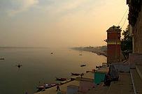 Varanasi-Ganges-River.jpg