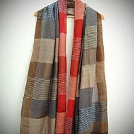 Women Weave Silk Scarves