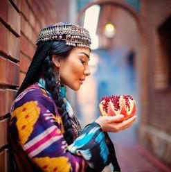 Uzbeki woman