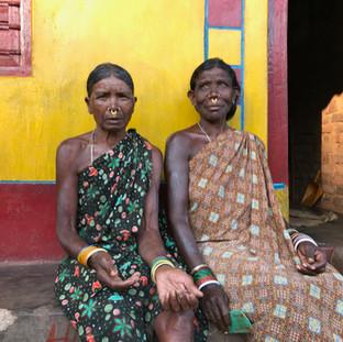 Sisters, Mali village