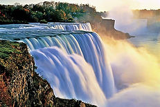 niagara-falls-mist-880x592.jpg