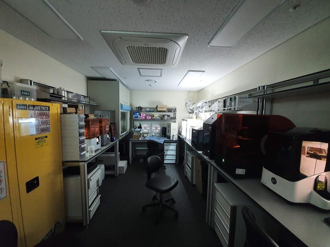 3D프린터연구개발 및 의료응용포럼-장비.jpg