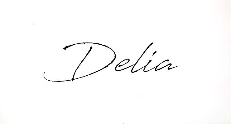 delia signature_1.jpg