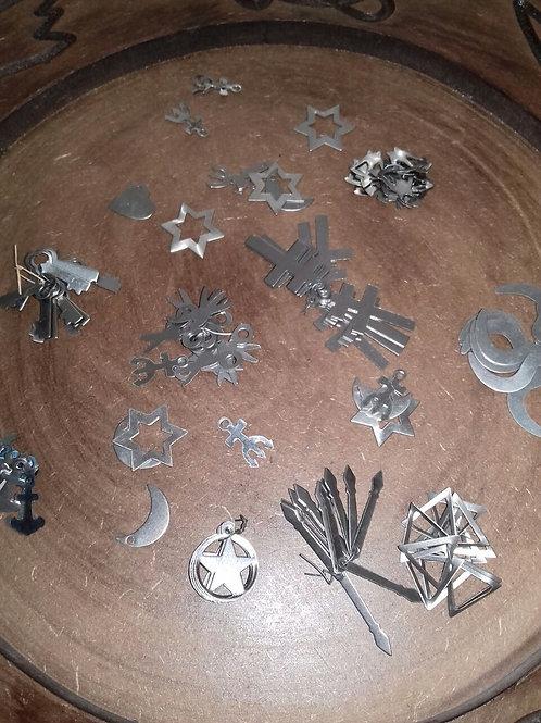 Ponto de Aço - Miniaturas (Chave, Tesoura, Cadeado, Cobra, Concha, etc...)