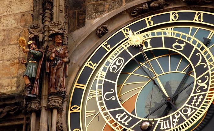 Milan Kundera e a Astrologia