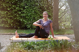 easy-flow-yoga-yogasite
