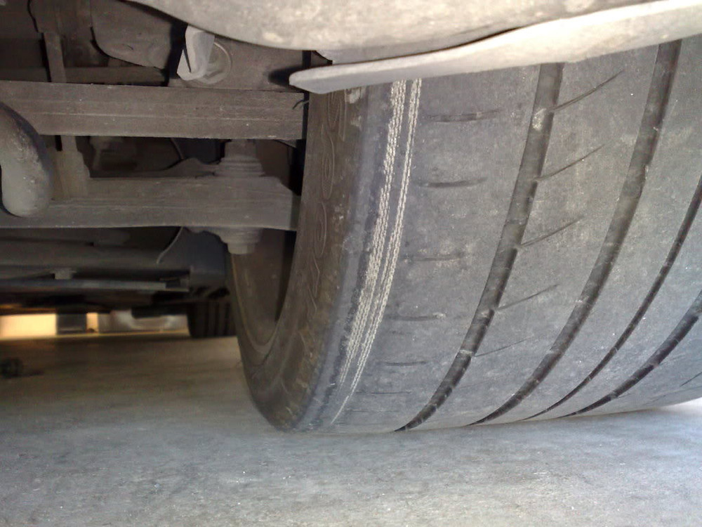 Cords showing tyre - nottingham tyres