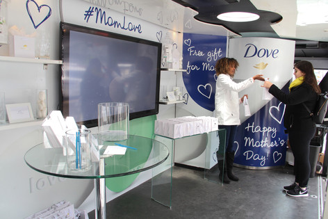 Dove Beauty Bar pop-up